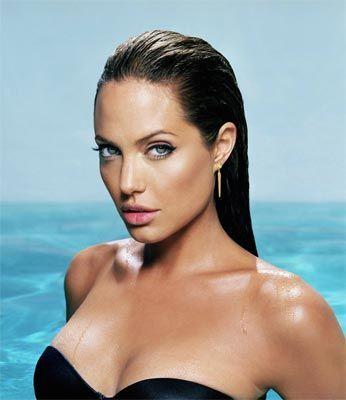 Jolie'nin şok pozları - 63